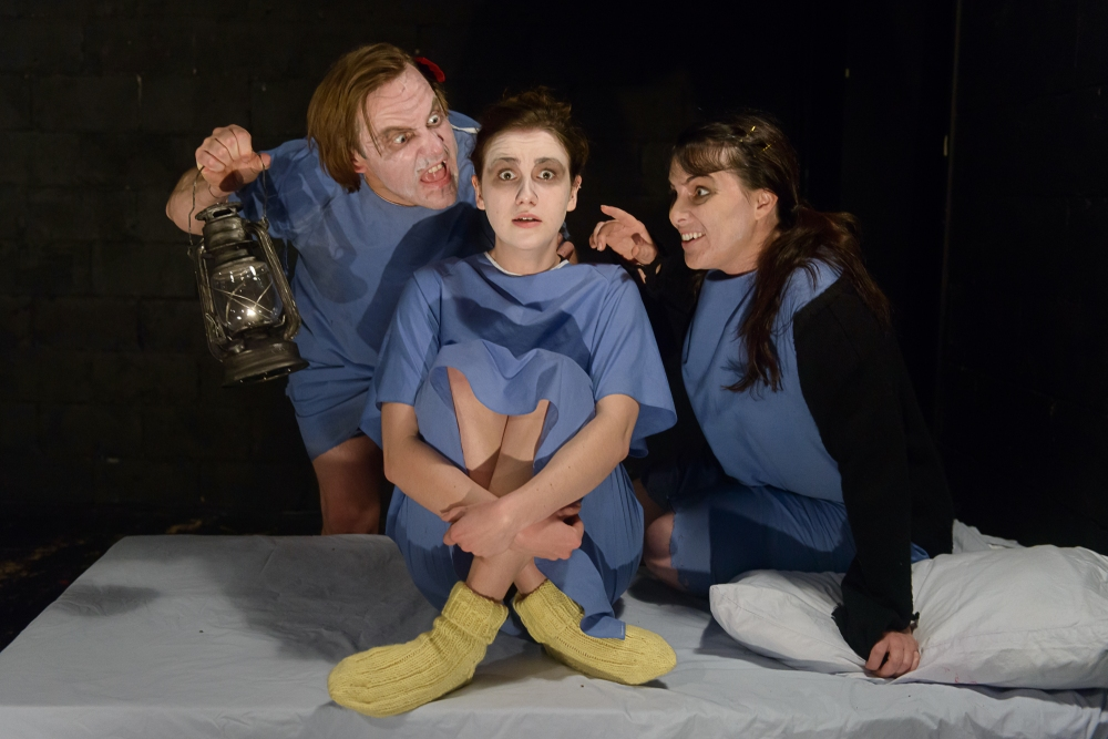 Alice Horror Show-4