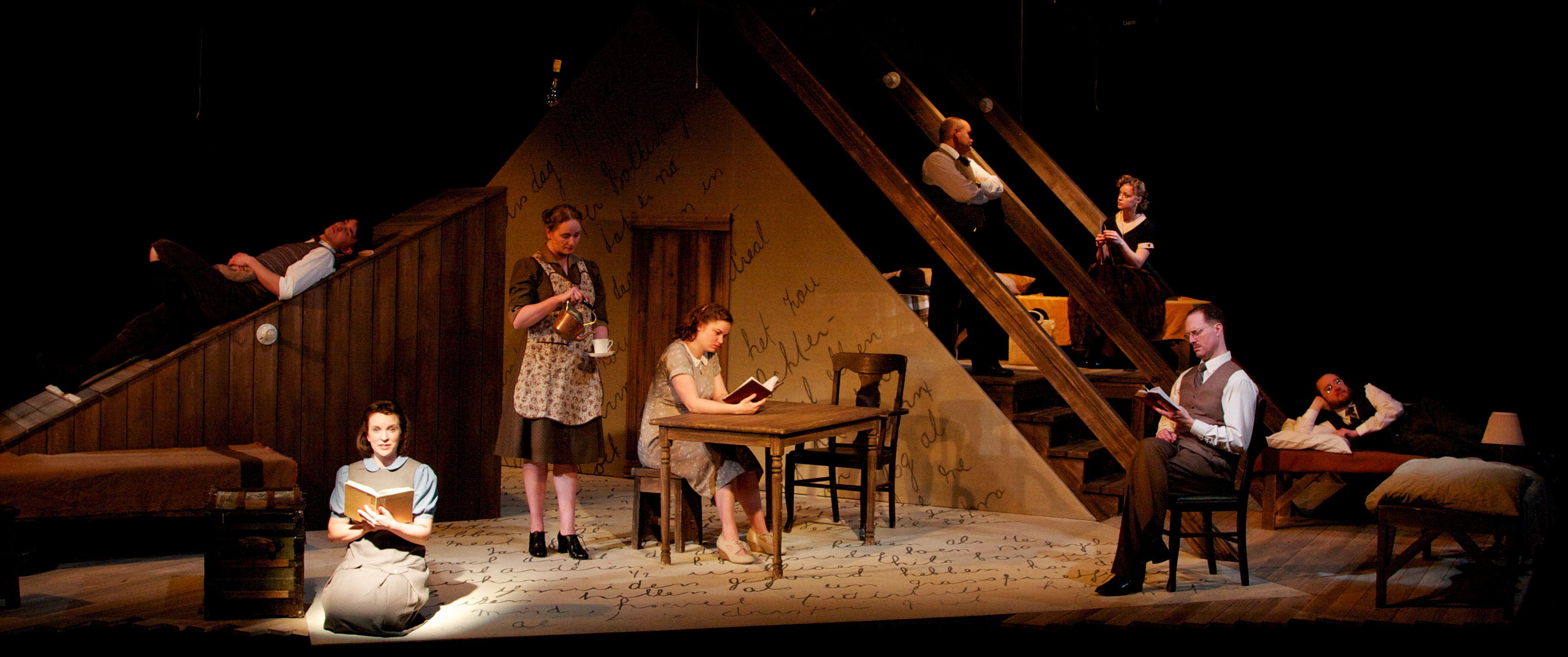 review of the diary of anne frank Dcmetrotheaterarts your source for 'the diary of anne frank' at the prince william little theatre review: 'the diary of anne frank' at the prince.